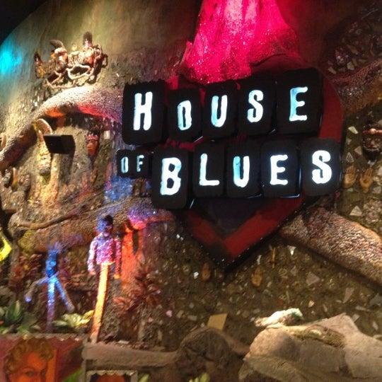 Снимок сделан в House of Blues пользователем Jerry F. 10/10/2012