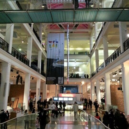 12/31/2012 tarihinde Giuliano R.ziyaretçi tarafından Science Museum'de çekilen fotoğraf
