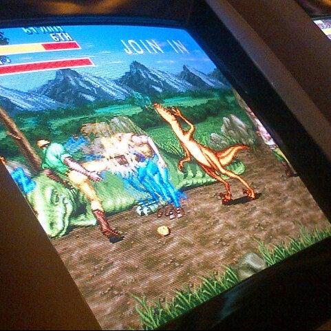 12/24/2012 tarihinde Ozan K.ziyaretçi tarafından Fantasyland Oyun Merkezi & Coffee'de çekilen fotoğraf