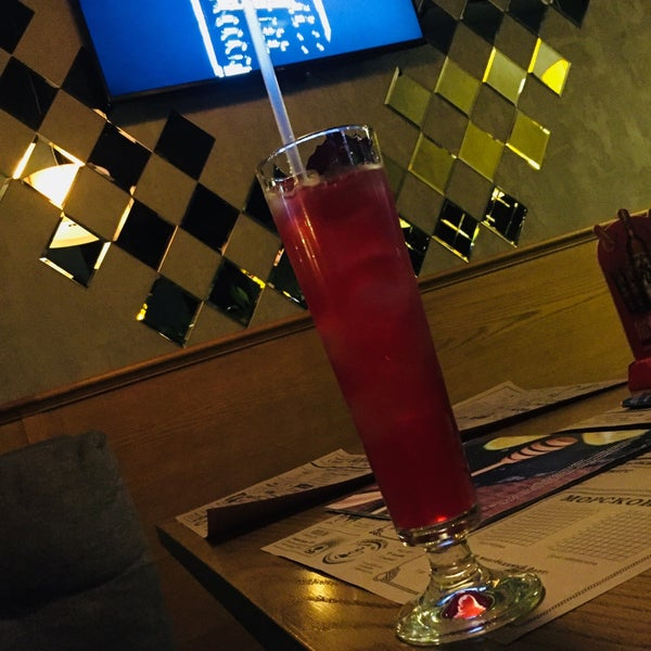 รูปภาพถ่ายที่ BOOM Bar โดย butterfly🦋 เมื่อ 11/17/2017