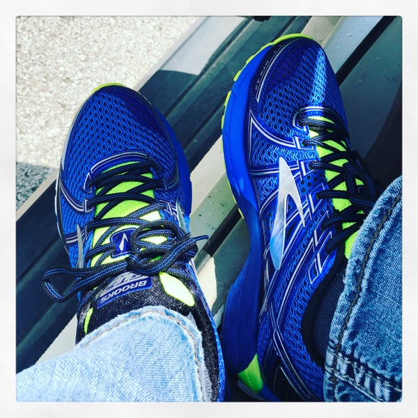 Garry Gribble's Running Sports - 11908