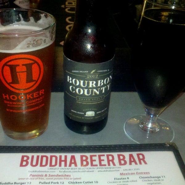 Photo prise au Buddha Beer Bar par Sara F. le6/16/2013