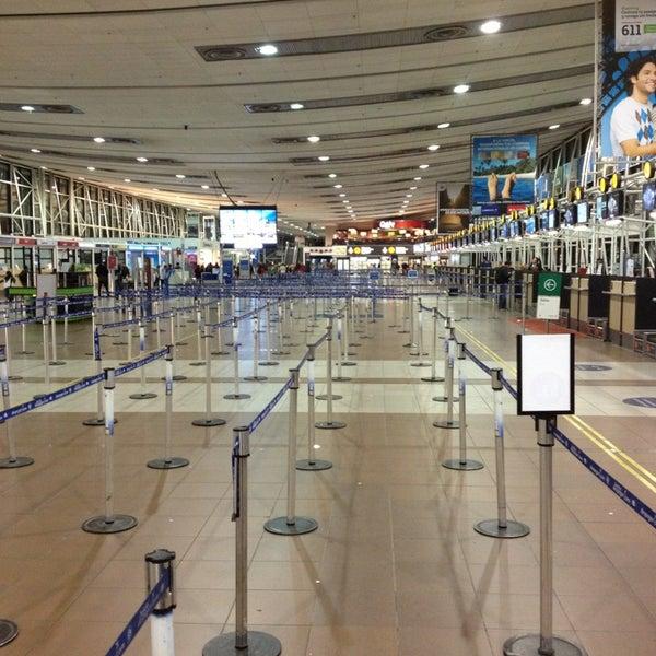 Foto tomada en Aeropuerto Internacional Comodoro Arturo Merino Benítez (SCL) por Milko G. el 6/24/2013