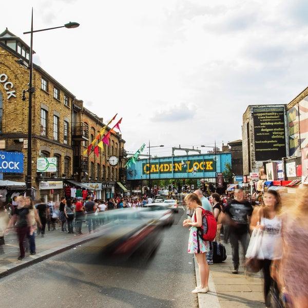Foto tirada no(a) Camden Stables Market por Camden Stables Market em 8/7/2015