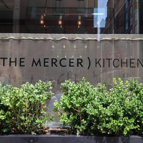 Foto tirada no(a) Mercer Kitchen por Dot. H. em 7/21/2013