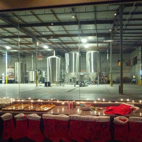 12/11/2012にJeremiah K.がFour Peaks Tasting Roomで撮った写真