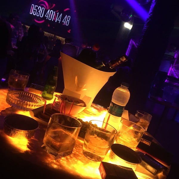 Photo prise au Riddim Club par Aykız Y. le10/6/2019