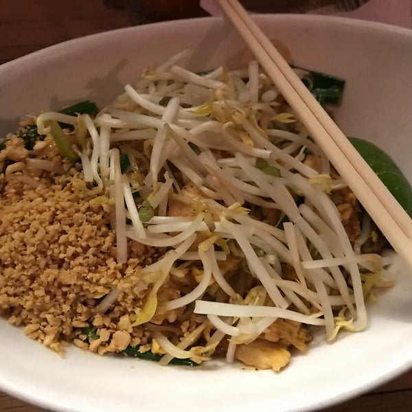 Great pad thai! I also really liked the authentic atmosphere