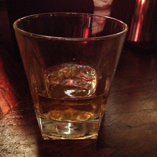 12/10/2012にMichael G.がBig Easy Bar.B.Q & Crabshackで撮った写真