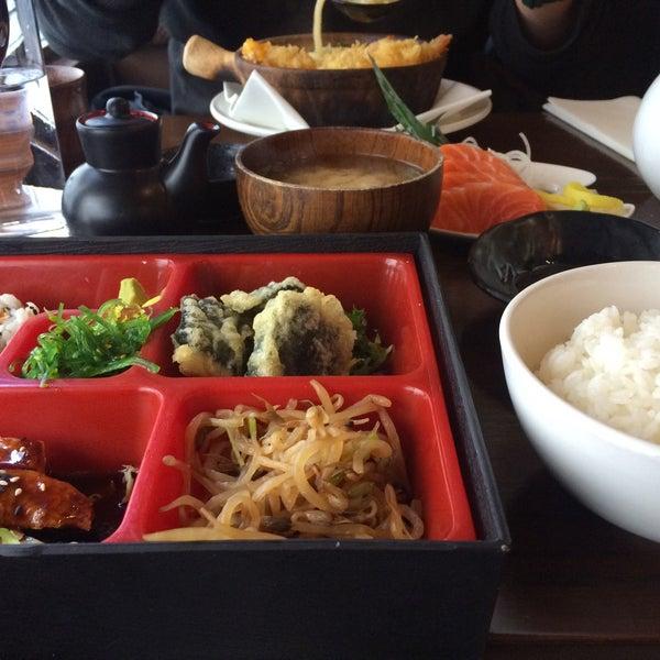 4/12/2016 tarihinde Catherine C.ziyaretçi tarafından Banyi Japanese Dining'de çekilen fotoğraf