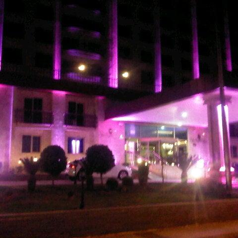 Das Foto wurde bei Harrington Park Resort Hotel von İlkay Y. am 4/17/2013 aufgenommen