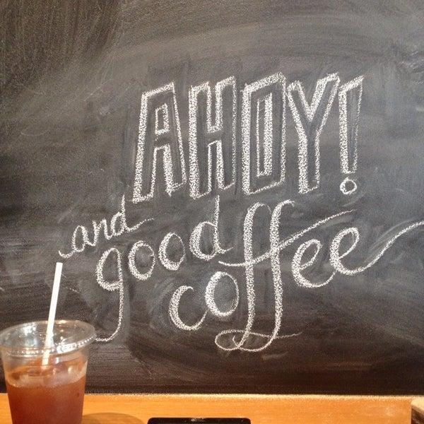 Foto tomada en Ports Coffee & Tea Co. por achilles d. el 5/30/2013