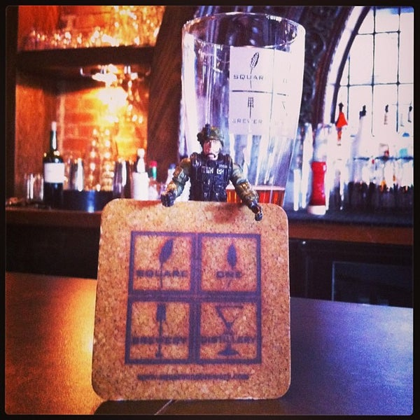 Das Foto wurde bei Square One Brewery & Distillery von Maria B. am 3/26/2013 aufgenommen