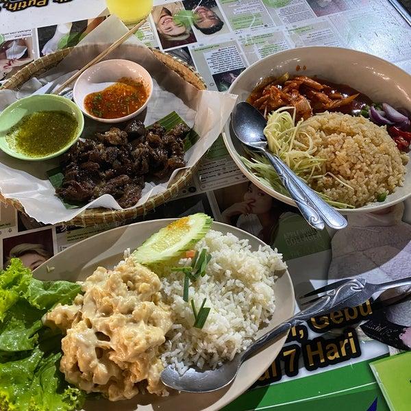Fotos Em Siam Restoran Ikan Bakar Thai Street Food 11 Dicas