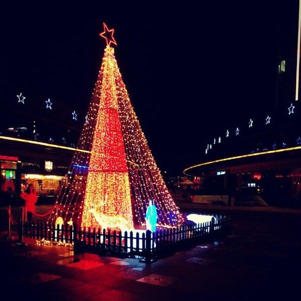 Das Foto wurde bei Tepe Prime Avenue von Kaan A. am 12/21/2012 aufgenommen