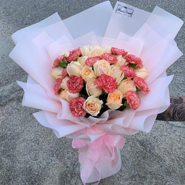 Le Florist Flower Delight Flower Shop