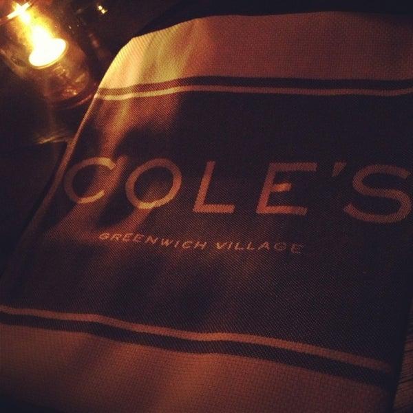 Photo prise au Cole's Greenwich Village par David R. le1/19/2013