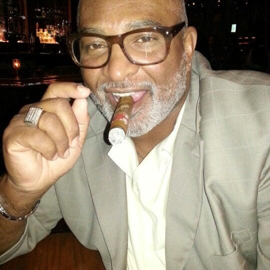 11/25/2012にVal J.がCool River Cafeで撮った写真