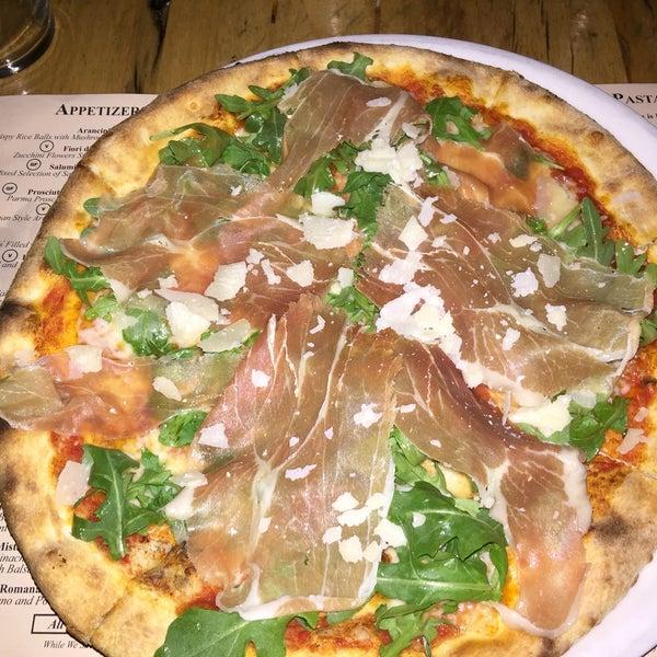Foto scattata a Pizzeria Il Fico da Dani L. il 8/7/2016