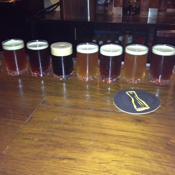 7/7/2013 tarihinde Enida M.ziyaretçi tarafından Triumph Brewing Company'de çekilen fotoğraf