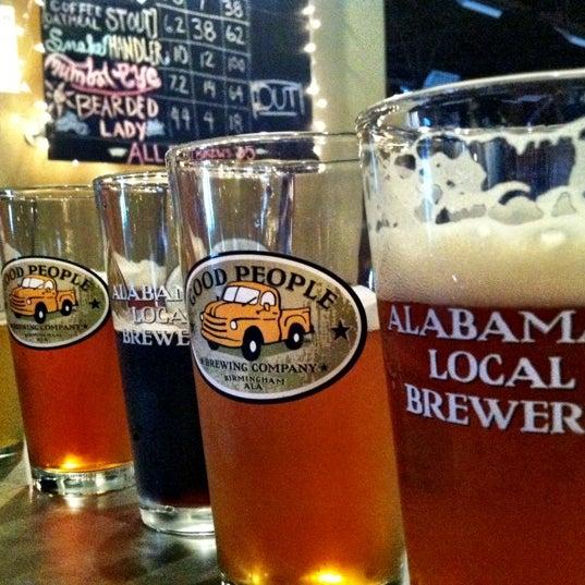 Foto diambil di Good People Brewing Company oleh Judith C. pada 10/13/2012