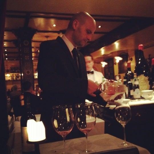Foto diambil di Bottega del Vino oleh Caroline G. pada 5/20/2012