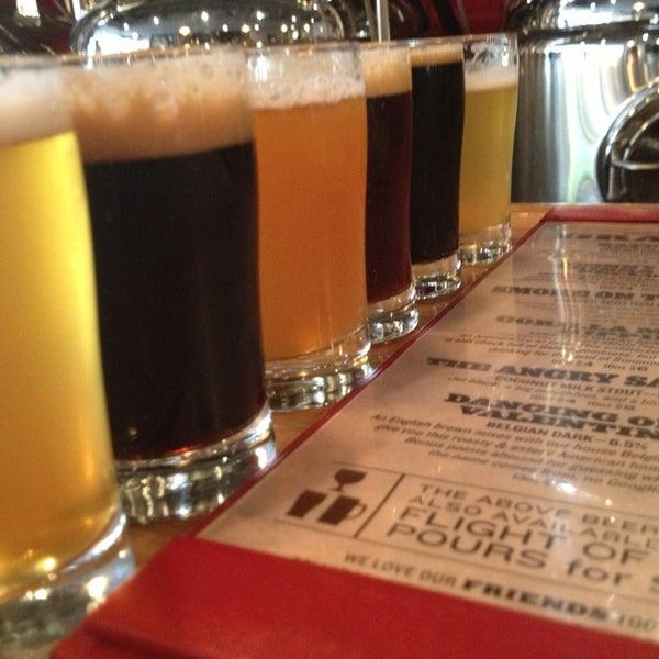 9/12/2013에 Bode W.님이 DryHop Brewers에서 찍은 사진