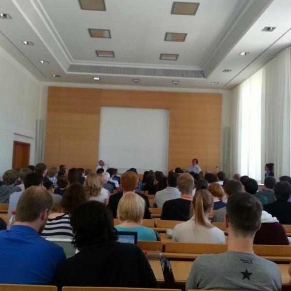 6/5/2013에 Sameer K.님이 Humboldt-Universität zu Berlin에서 찍은 사진