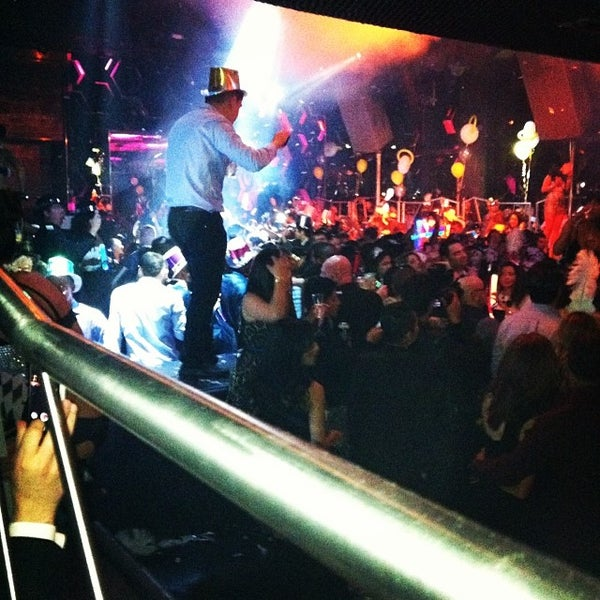Photo prise au Moon Nightclub par Elaine S. le1/1/2014