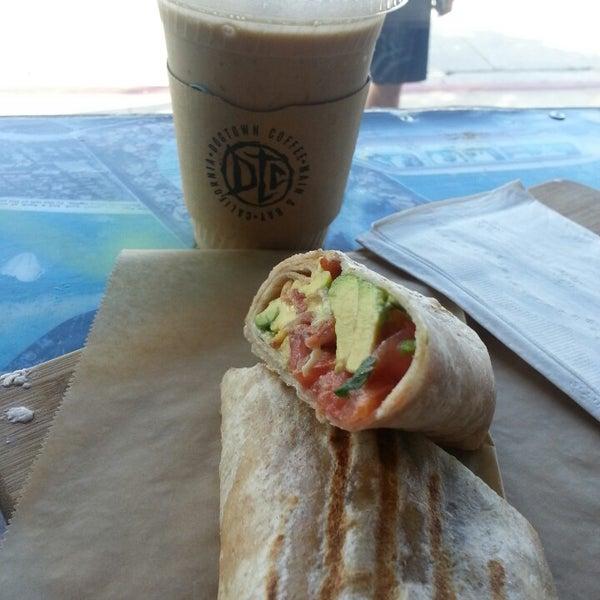 Foto tirada no(a) Dogtown Coffee por Thomas M. em 3/24/2013