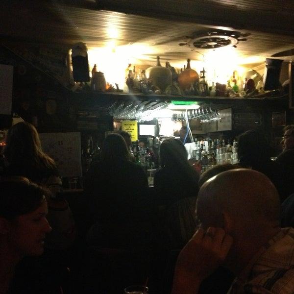 12/16/2012にRafi S.がEar Innで撮った写真