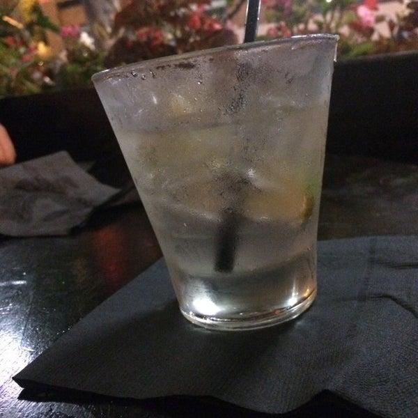 6/30/2014에 Antonio C.님이 Salvage Bar & Lounge에서 찍은 사진