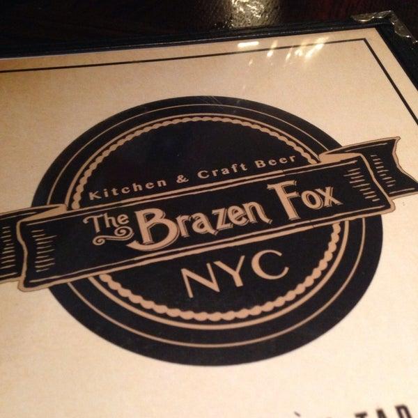 Foto tomada en The Brazen Fox por Angie N. el 6/16/2014