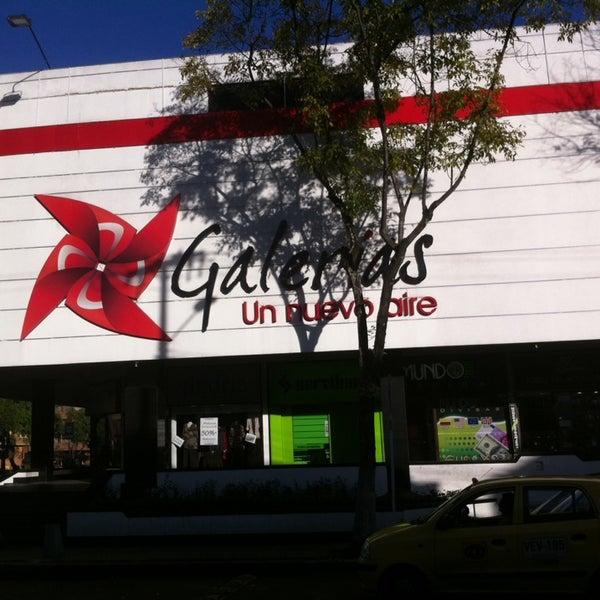 Centro Comercial Galerias: Centro Comercial En Galerías