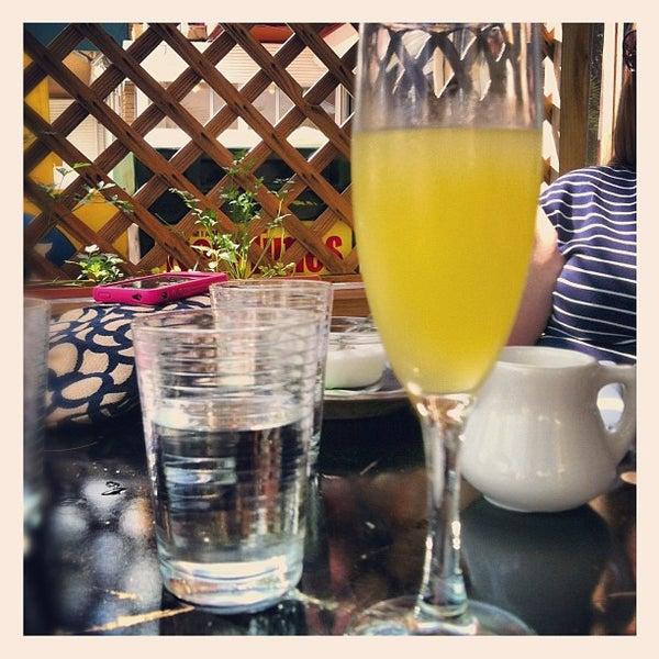 Das Foto wurde bei The Federal Food Drink & Provisions von Stephanie M. am 10/28/2012 aufgenommen