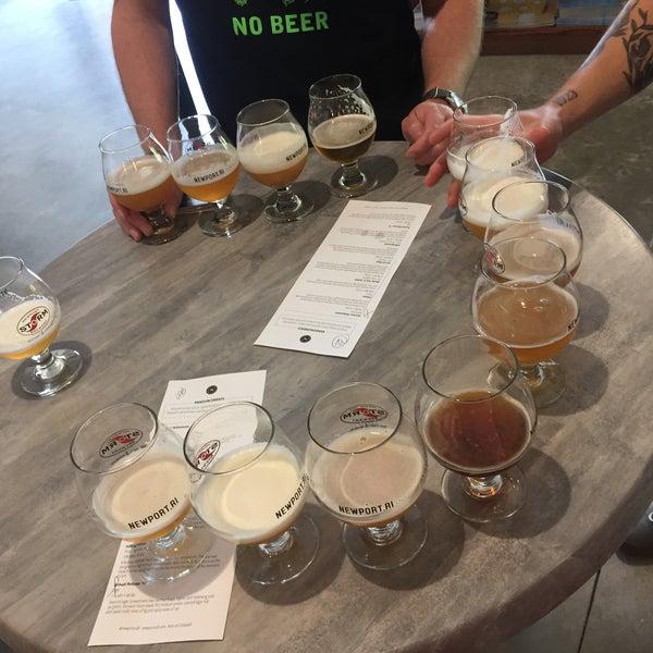 Das Foto wurde bei Newport Storm Brewery von Matt K. am 7/1/2018 aufgenommen