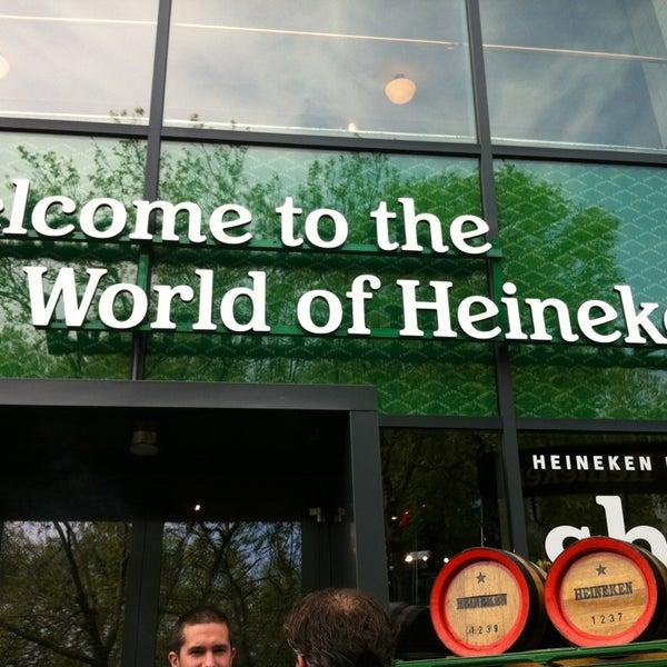 Das Foto wurde bei Heineken Experience von Isabella C. am 5/31/2013 aufgenommen