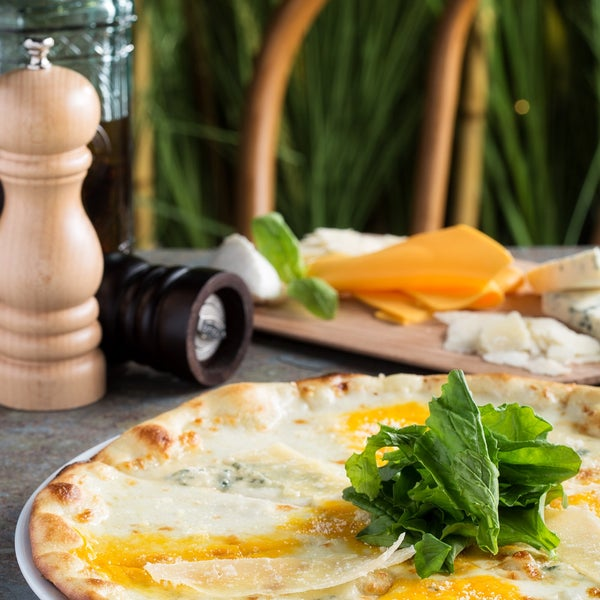 Delicious&Healthy   Four Cheese Pizza 🍴