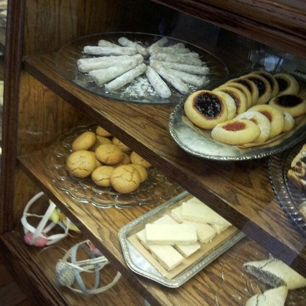 5/10/2013에 Kamal A.님이 Zucker Bakery에서 찍은 사진