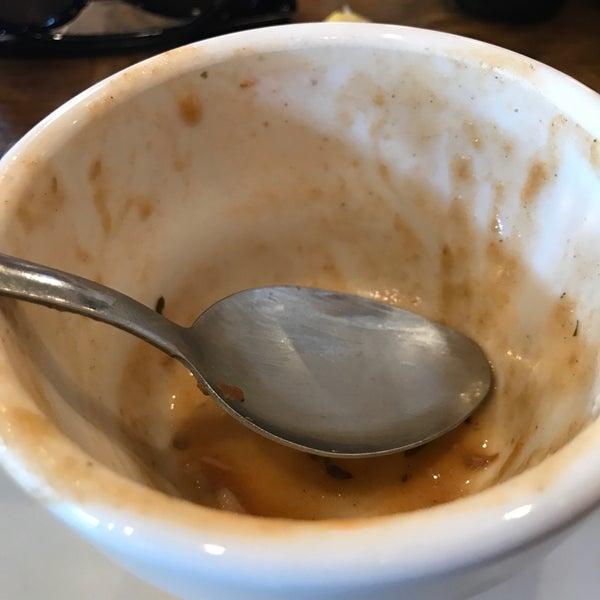 Photo taken at Mandina's Restaurant by Jenn C. on 2/26/2018