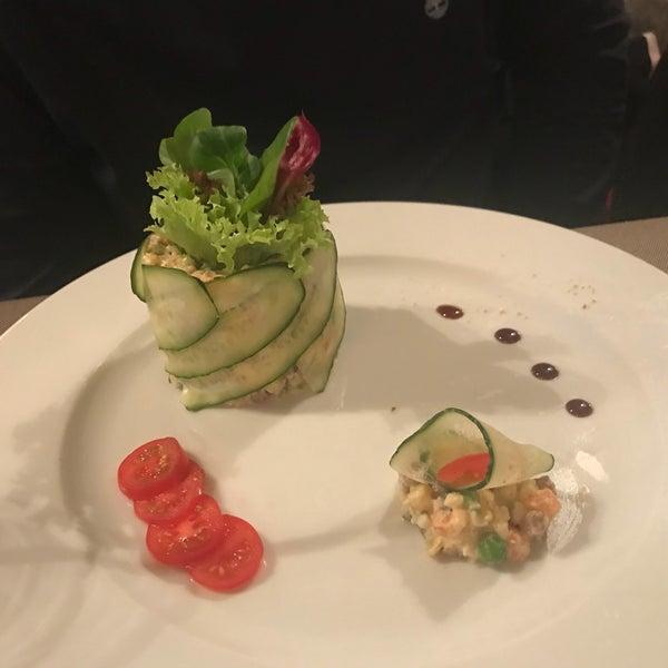 Das Foto wurde bei ORLY PARK Restaurant & Hotel von Tata am 1/12/2018 aufgenommen