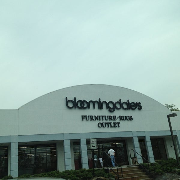 Bloomingdale S Furniture Outlet Hawthorne Ny
