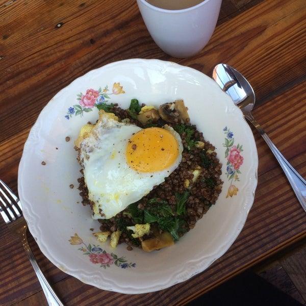 Buckwheat bowl with mushrooms,kale,cauliflower, and egg...YES!