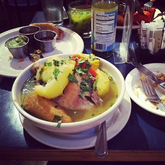Das Foto wurde bei Bogota Latin Bistro von Farid L. am 11/30/2012 aufgenommen