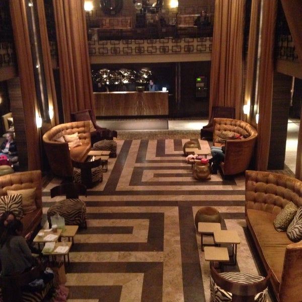 Снимок сделан в The Empire Hotel пользователем Nancy K. 3/14/2015
