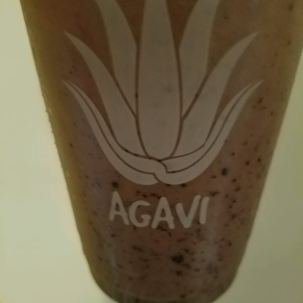 Photo taken at Agavi Organic Juice Bar by Cecilia S. on 8/19/2016