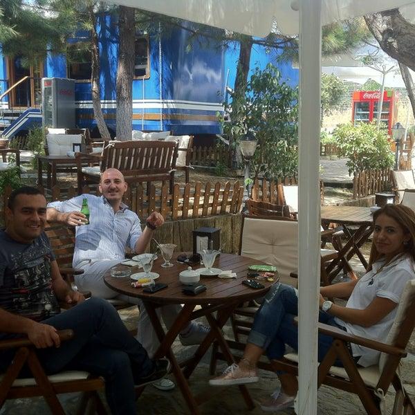 8/15/2013 tarihinde Esat G.ziyaretçi tarafından The VagoNN Cafe'de çekilen fotoğraf