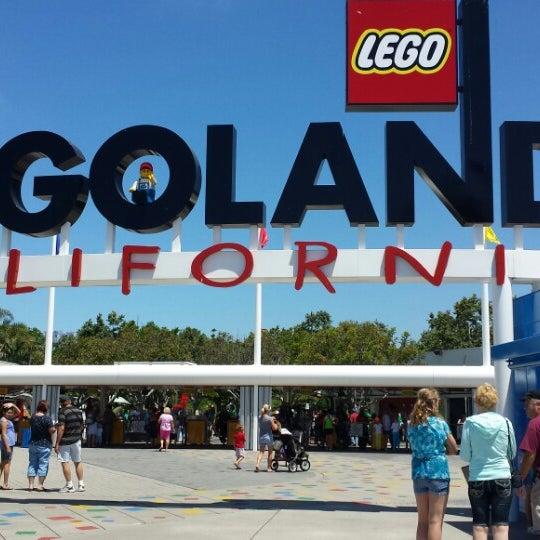 Foto tirada no(a) Legoland California por Hojoon L. em 6/25/2013