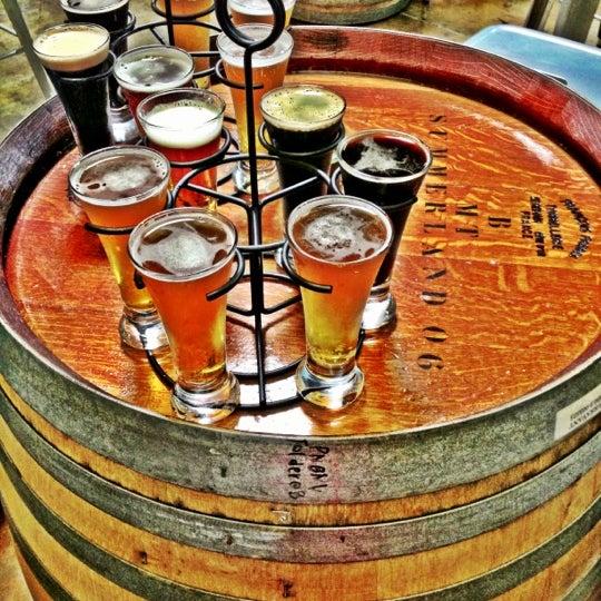 11/18/2012にCarol F.がBelching Beaver Breweryで撮った写真