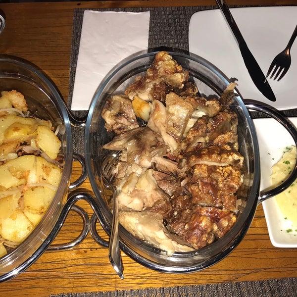 Снимок сделан в Die Stube German Bar & Resto пользователем Nini 10/7/2017